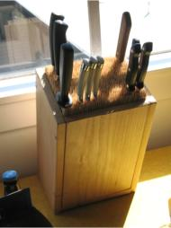 Knifeholder for kitchen knives